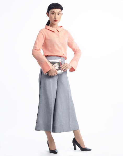 Back-bow Linen Shirt