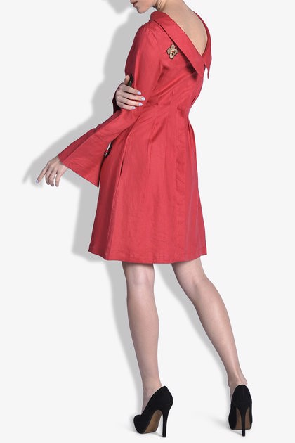 Reversed Collar Linen Dress