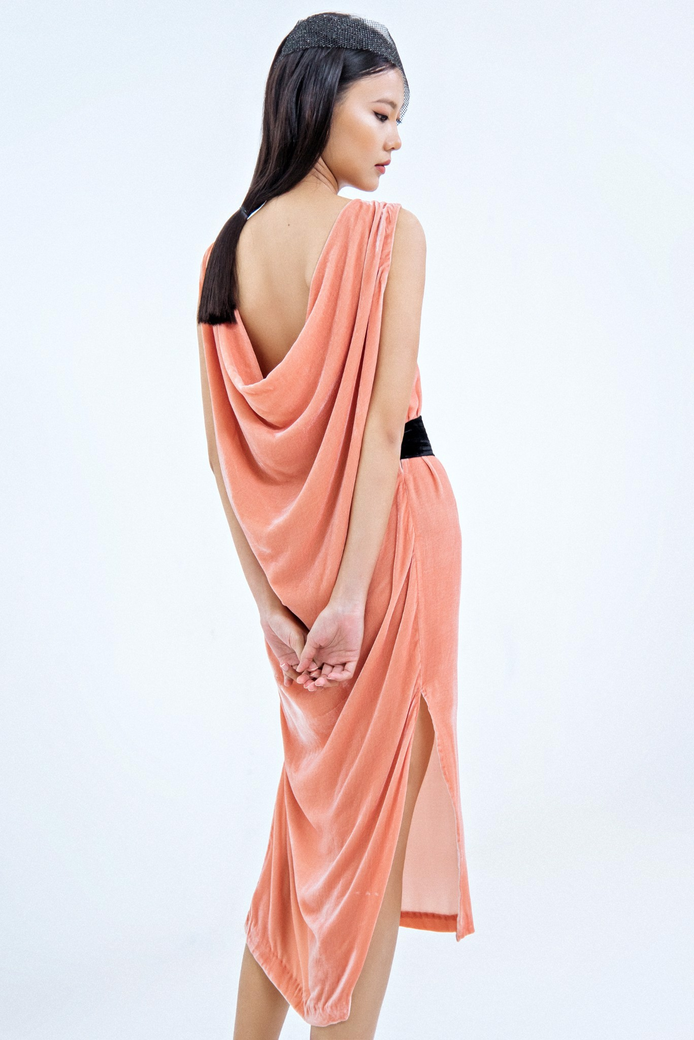 LOOSE BACK VELVET MAXI DRESS