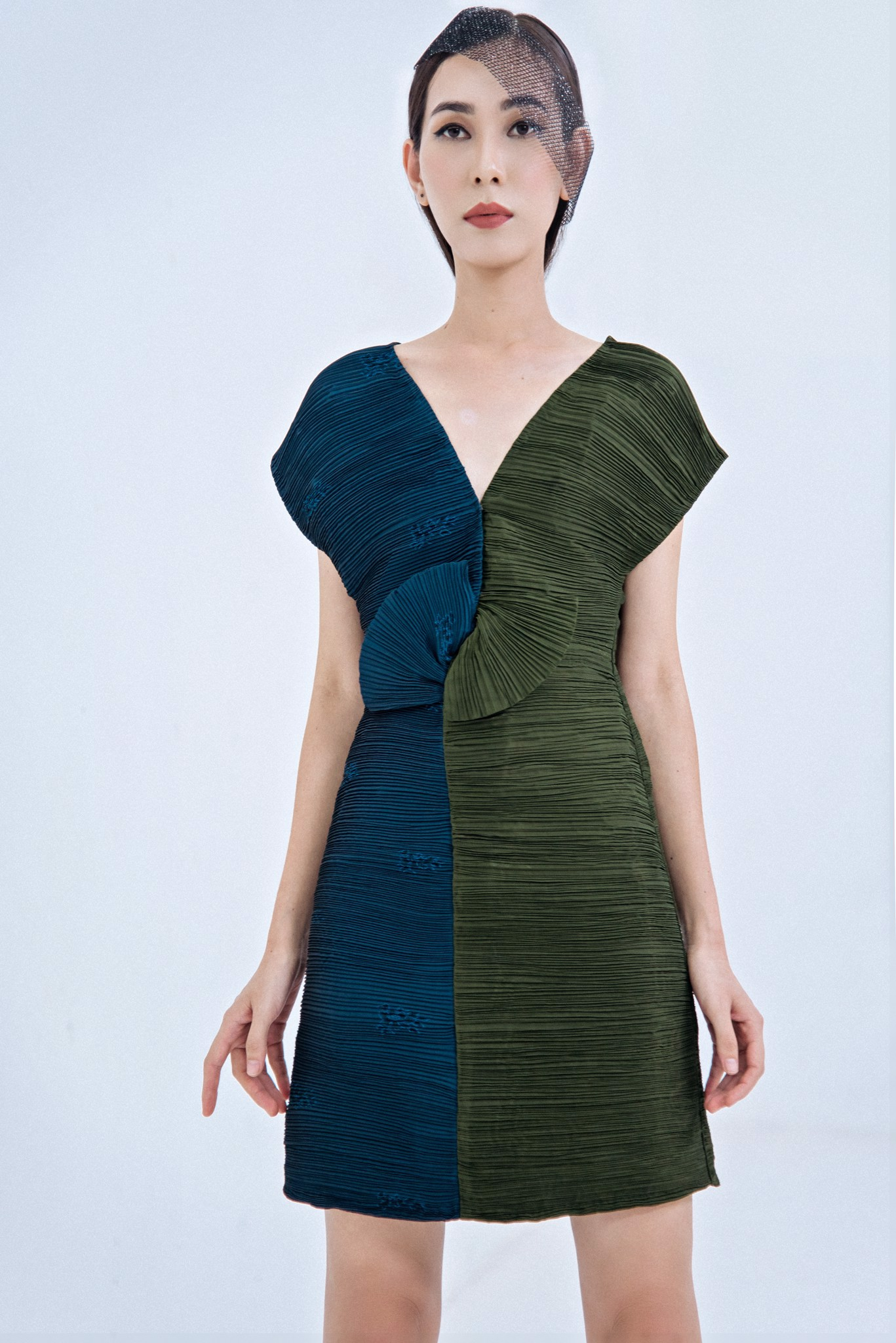 TWO TONE PLEATED SILK DRESS