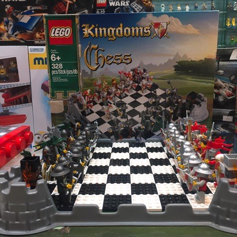 LEGO 853373 Kingdoms Chess Set
