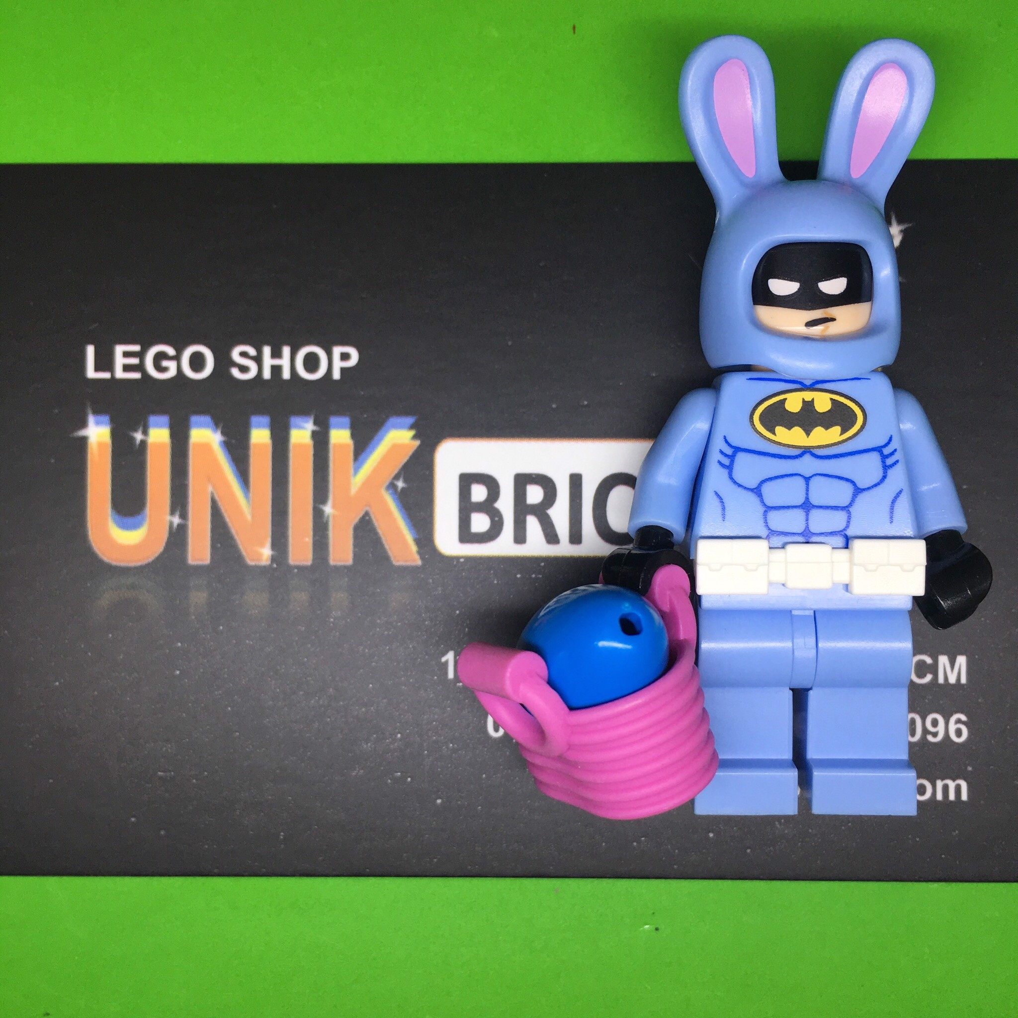 LEGO DC Super Heroes Easter Bunny Batman