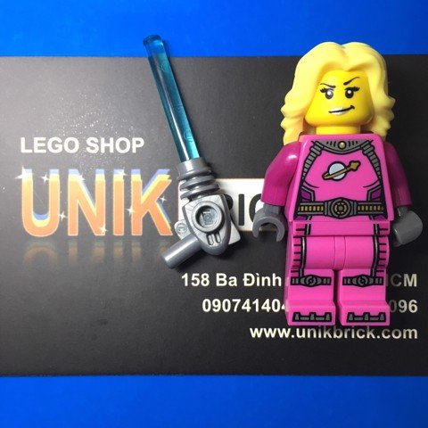 LEGO Intergalactic Girl Series 6