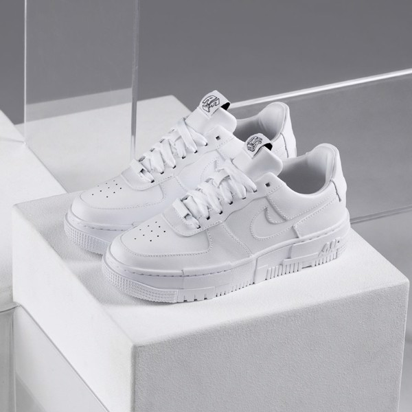 Nike Air Force 1 Pixel WMNS