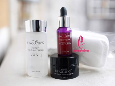 Bộ kit Time Revolution Vitality Miniature Set Missha