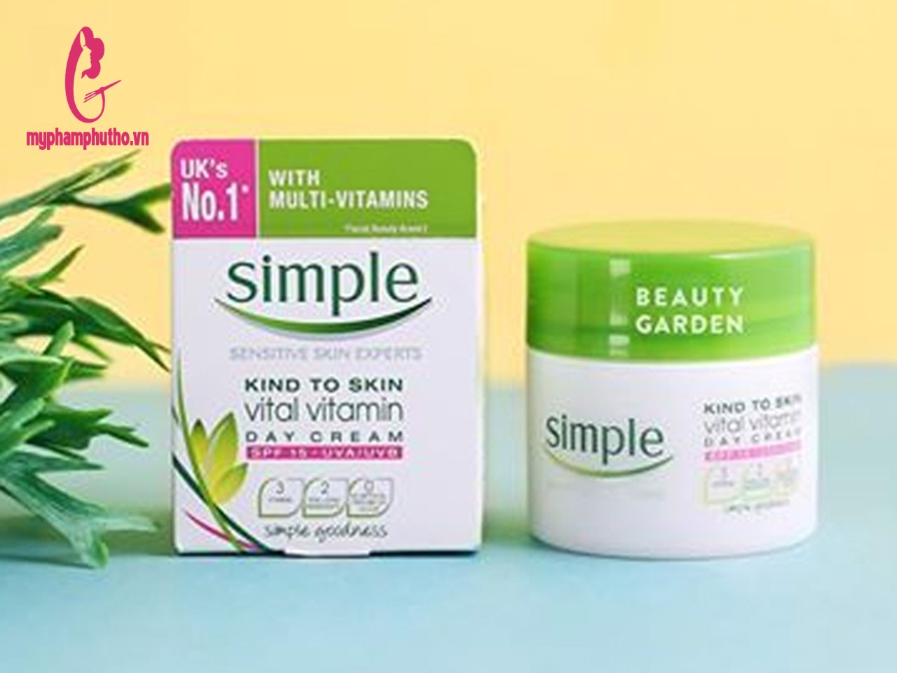 Kem Dưỡng Da Ban Ngày Simple Kind To Skin Vital Vitamin Day Cream