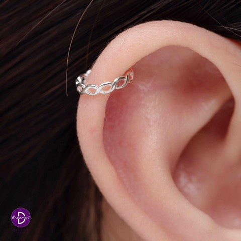 Hoa Tai Earcuff Basic Braid