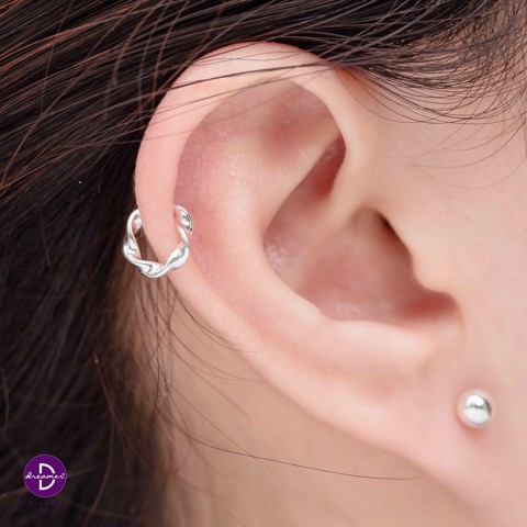 Hoa Tai Earcuff Basic Wave
