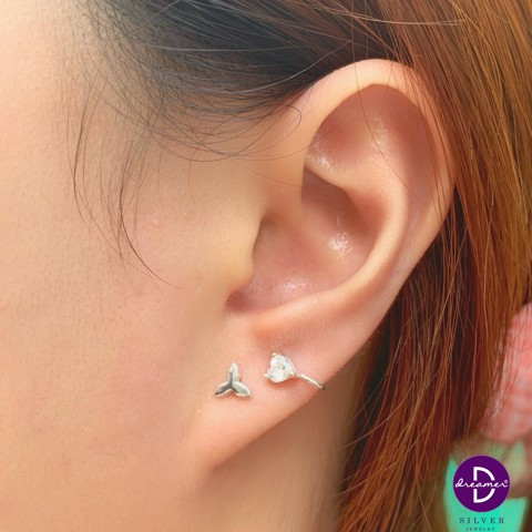 Mini Heart Stone Earcuff