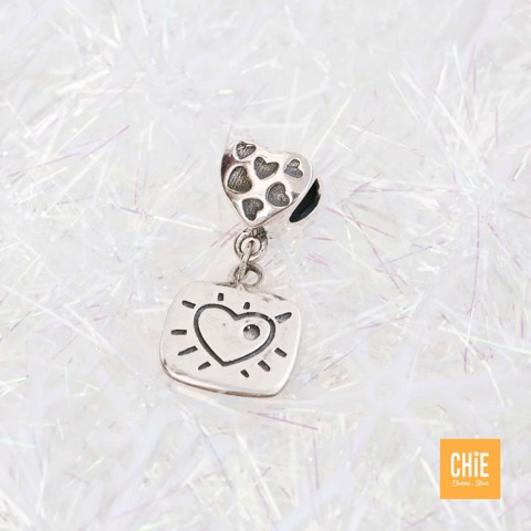 Charm Heart Bubble Falling Square Tag