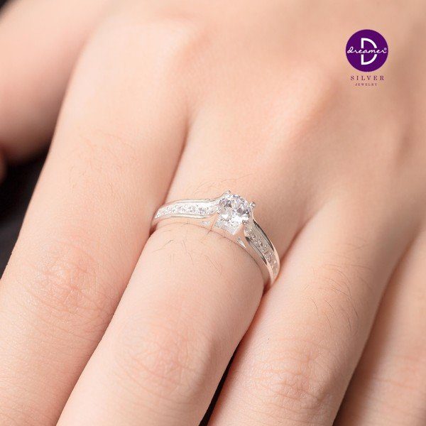 Nhẫn Rectangle Diamond Stone Line