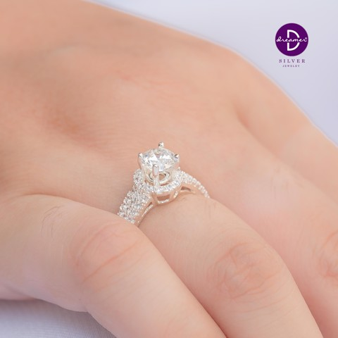 Nhẫn Premium Button Diamond 3 Stone Lines