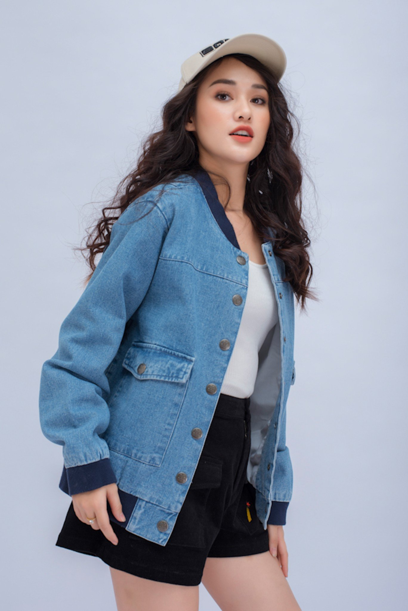 BOMBER JEAN NỮ LOOSE