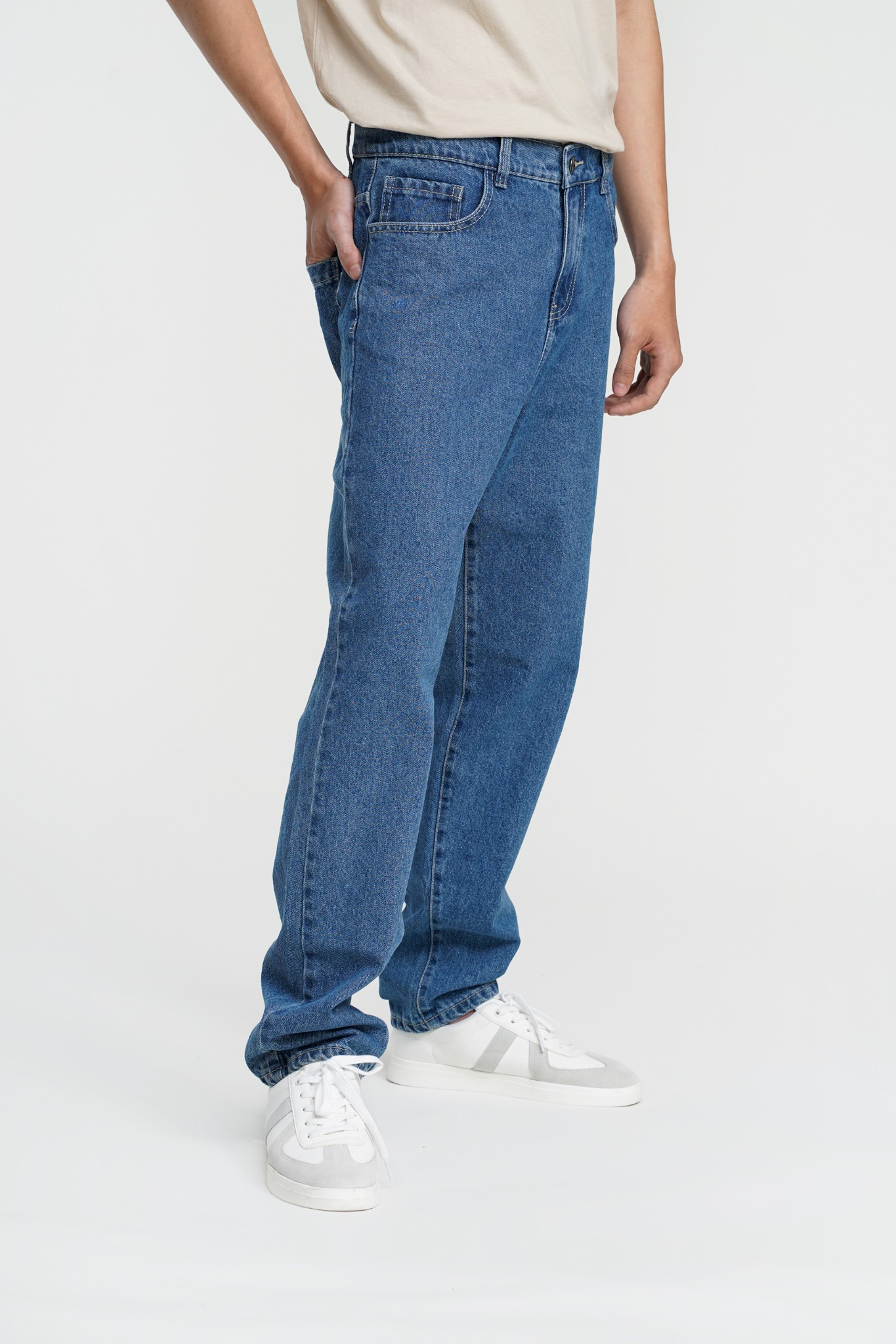 QUẦN JEANS NAM TAPERED JEANS