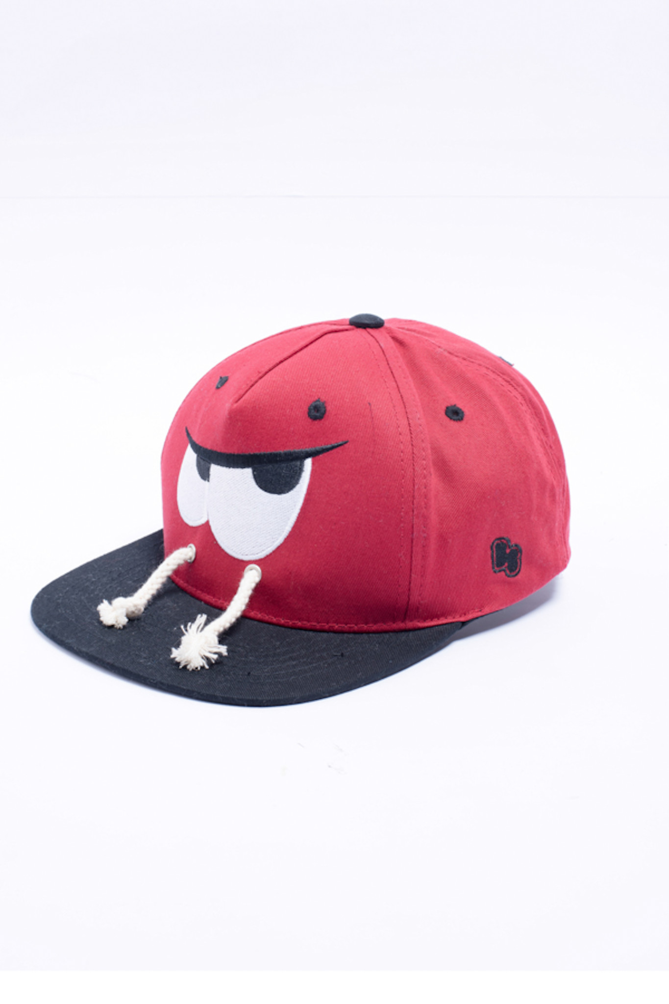 MŨ SNAPBACK THÊU PATCH GRAPHIC RED. LARVA. GRAPHIC