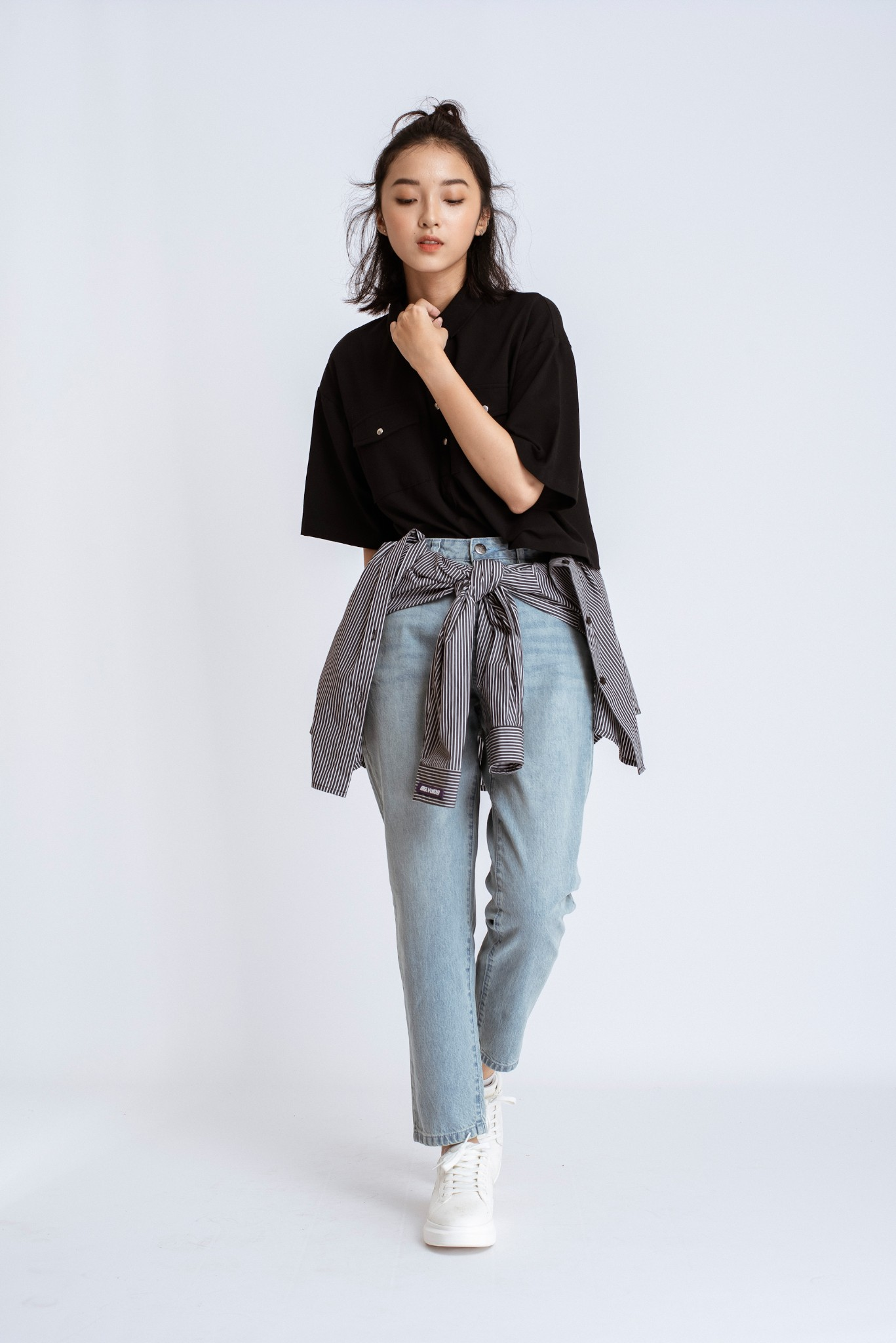 QUẦN JEANS NỮ MOM JEANS