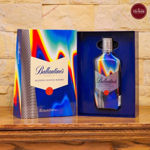 Ballantines Finest - Gift Box