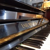 PIANO EARL WINDSOR W112
