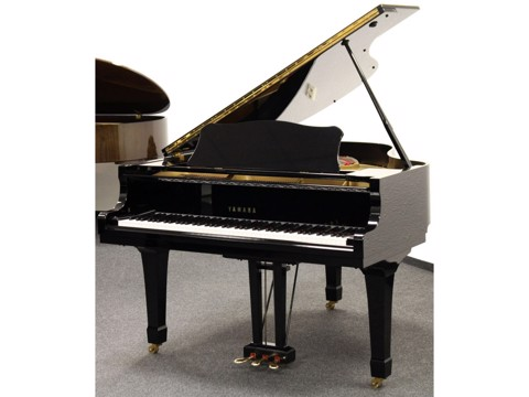 Grand Piano Yamaha C3B