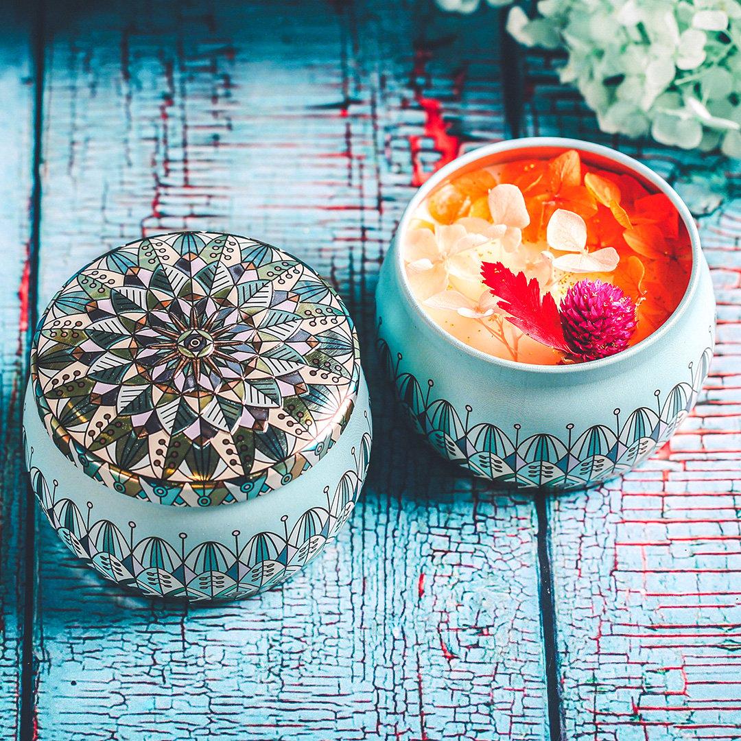 Nến thơm, 120g, hộp, mẫu hộp thiếc hoa văn, hương ocean, Dalat Retro