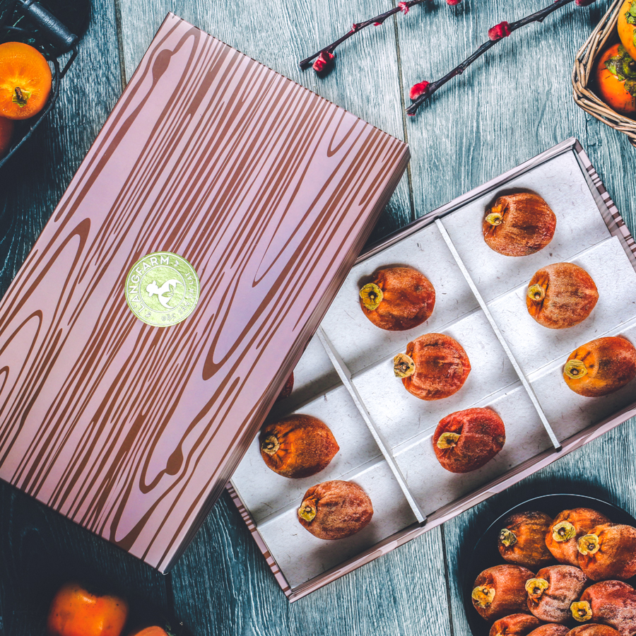 Hồng sấy treo Nhật Bản, dòng phổ thông, 250g, hộp, mẫu vân gỗ