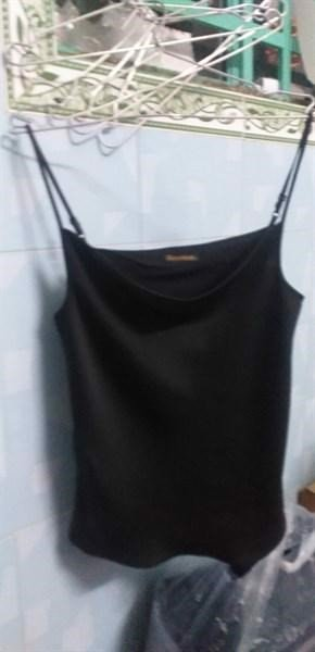Loose Neck Camisole in Black