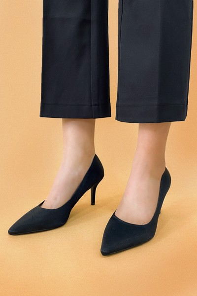 Dana Satin Pumps