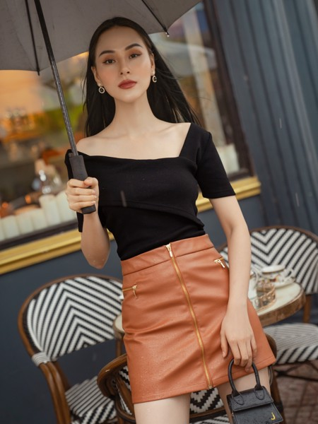 Chân váy Buff Leather Zip Skirt