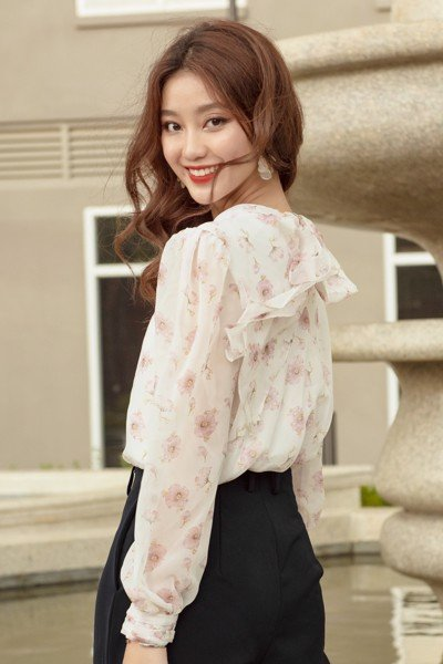 Blooming Tie Neck Top