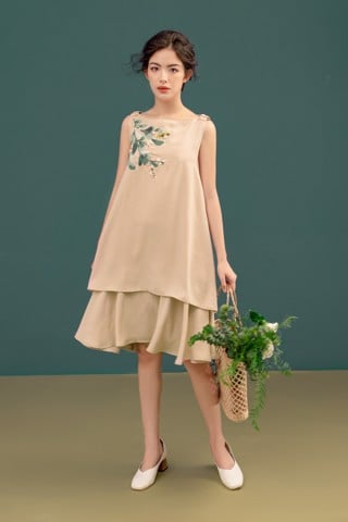 Wooden Em Dress
