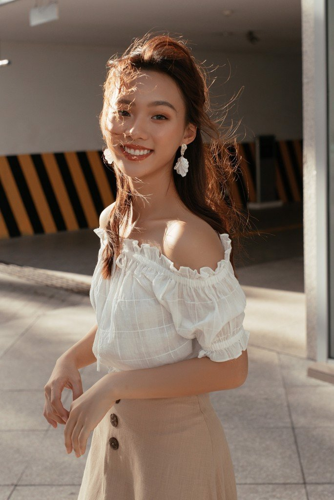 Áo OTS Mini Frilled Top