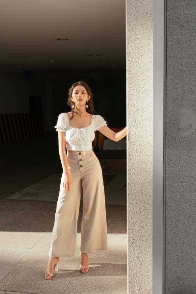 Quần Button Wide Leg Trousers