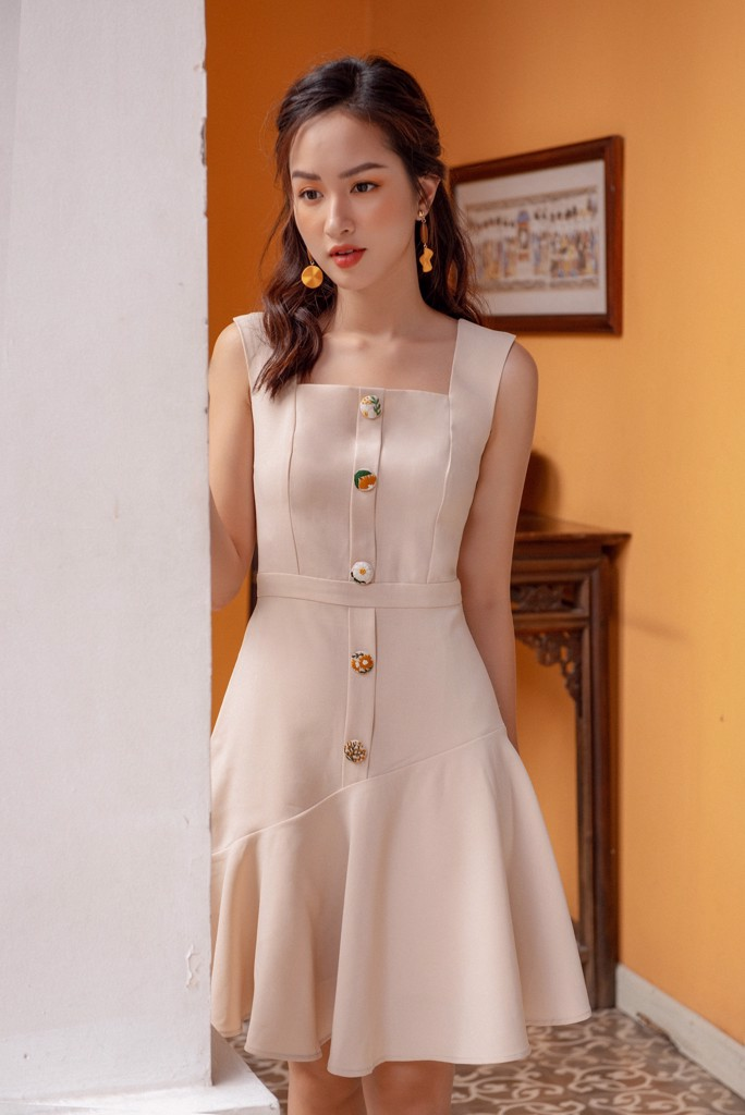 Embro Button Creamy Dress