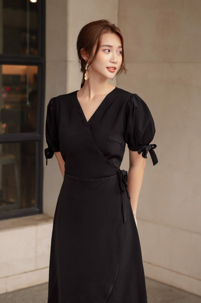 Black Wrap Basic Dress