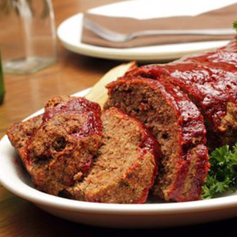 American-style Barbecue Glazed Meatloaf, Onion Gravy (1 kg)