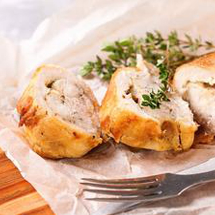 Apricot and Chilli-glazed Chicken Roulade, Sage and Onion Stuffing (2 kg)