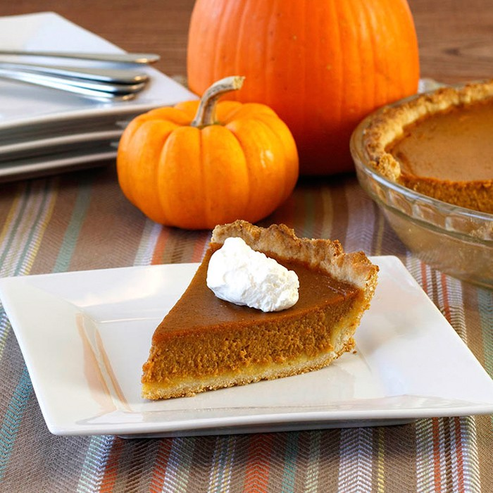 Pumpkin Pie With Whipped Cream (9'')