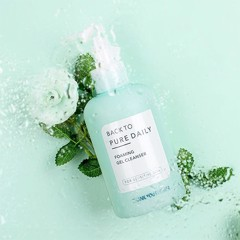 Sữa rửa mặt tạo bọt tinh khiết Thank You Farmer Back To Pure Daily Foaming Gel Cleanser 200ml
