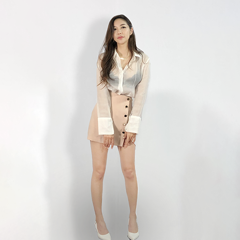 Chân váy mini skirt be phối cúc Mr Lee