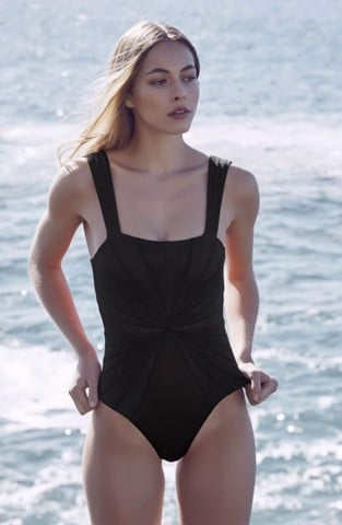 Avril Maillot Black