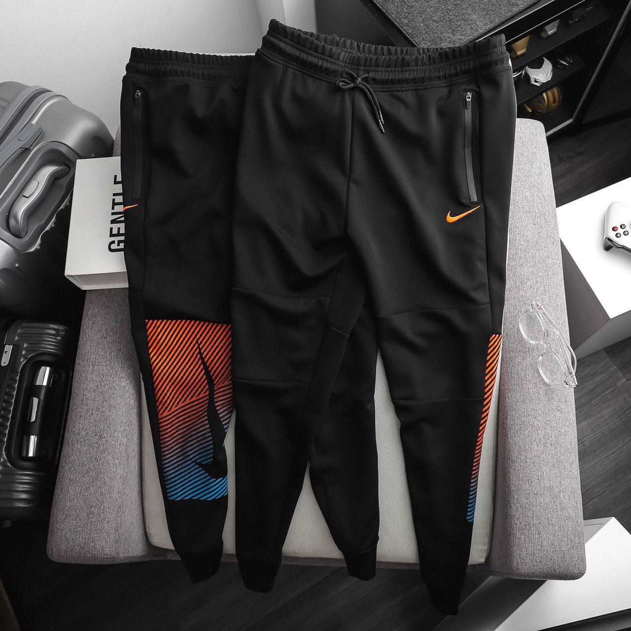 Jogger nike graphic