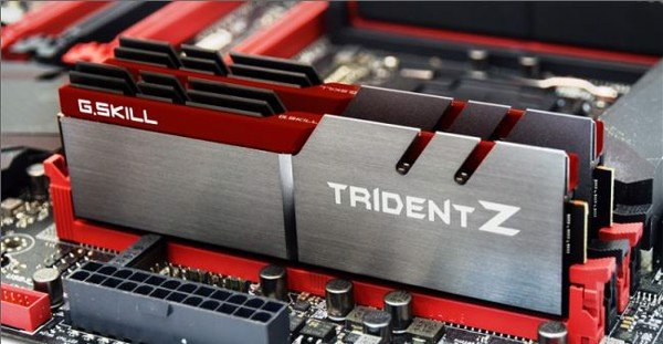 G.Skill Trident Z 32GB (4 x 8GB) DDR4 Bus 3000 CAS 15 Memory Kit – Red