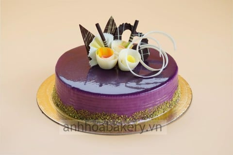 BLUBERRY FRESH CREAM CAKE