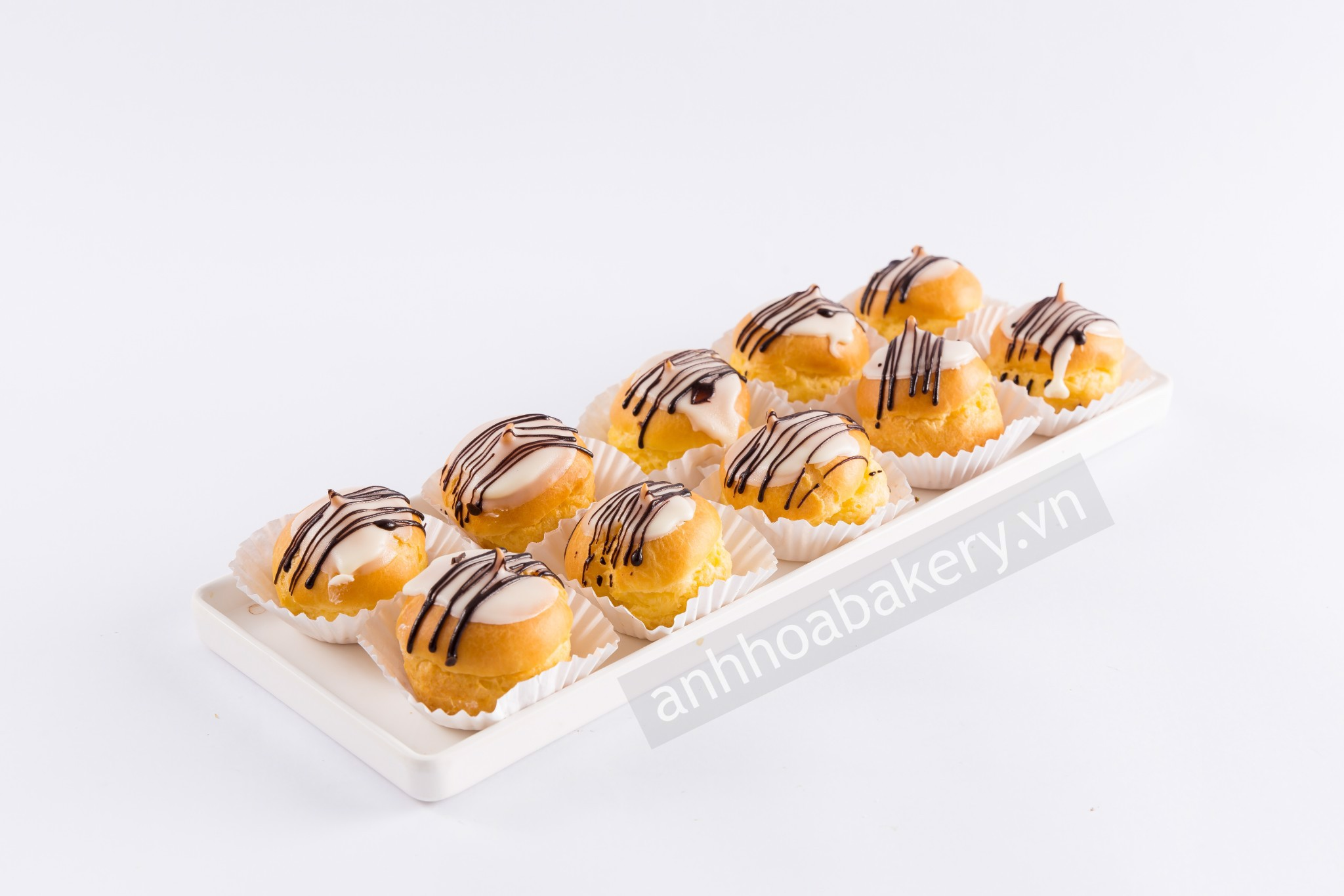 BÁNH SUKEM - CREAM PUFFS
