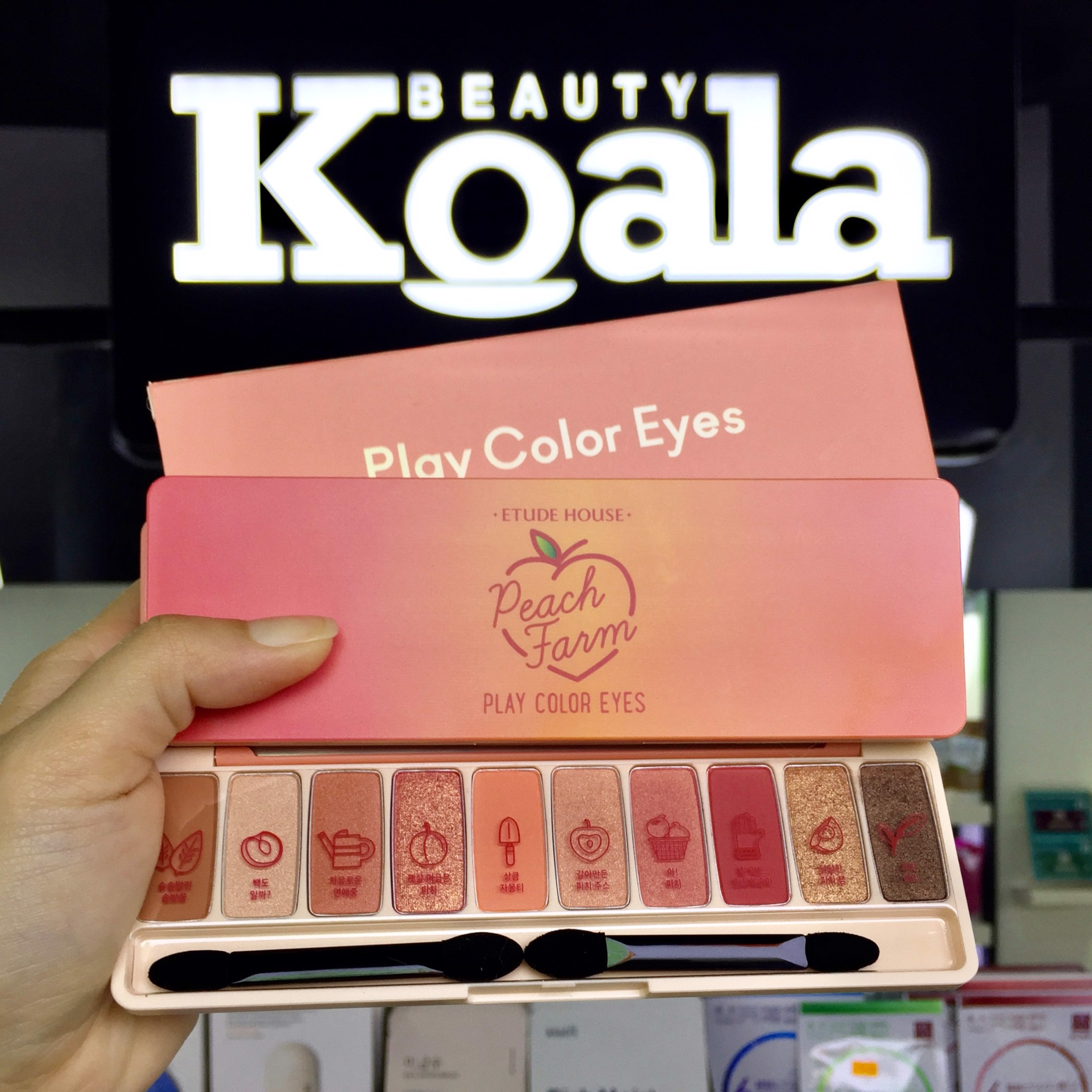 Bảng Màu Mắt 10 ô Etude House Play Color Eyes #Peach Farm 10g