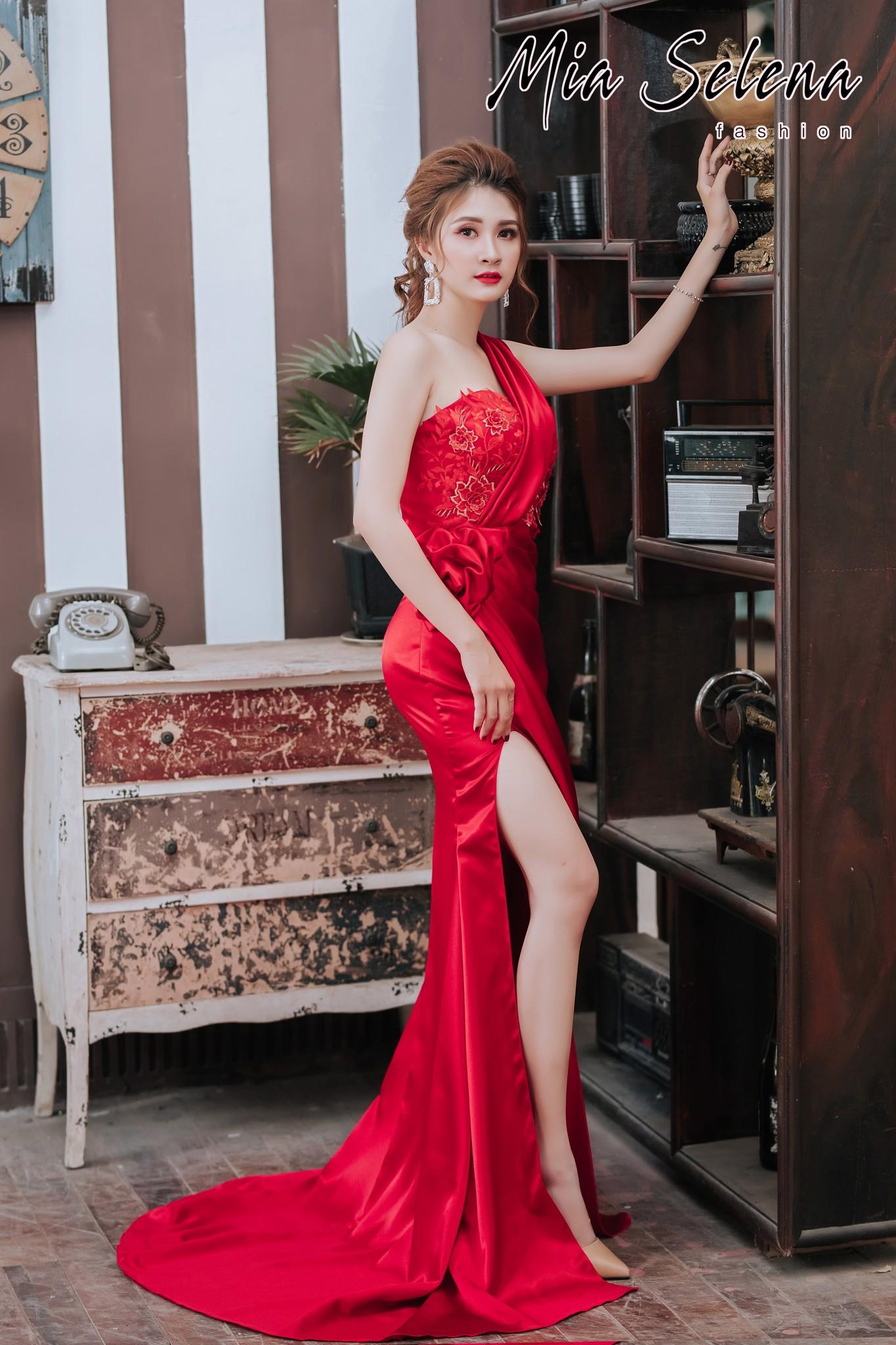 Đầm dạ hội Mia Selena thiết kế lệch vai ,xẻ đùi cực tôn dáng ( Đỏ-Cam-Trắng-Xanh lá )