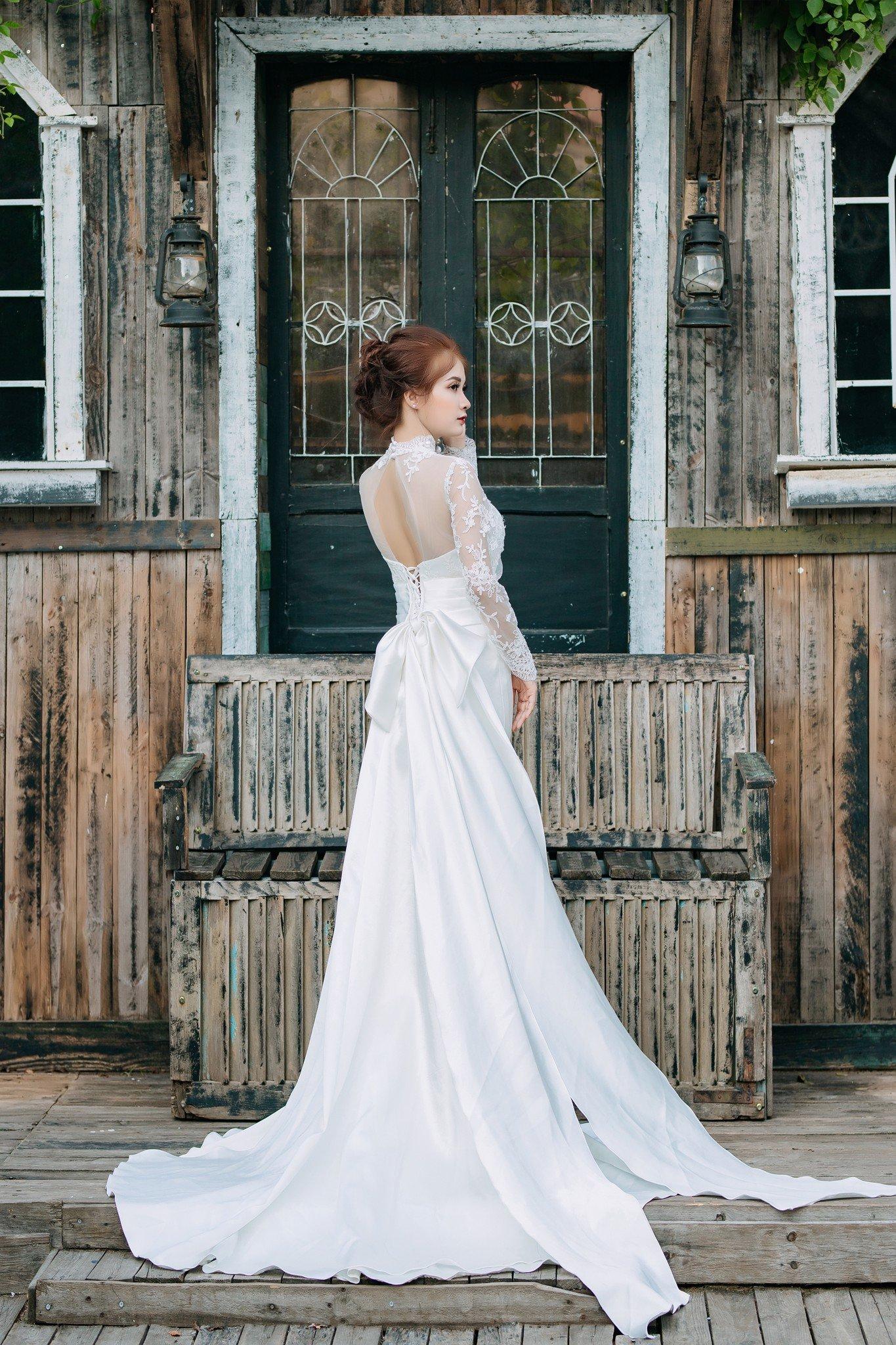 Đầm cưới Mia Selena thiết kế đuôi cá sang trọng (Trắng)