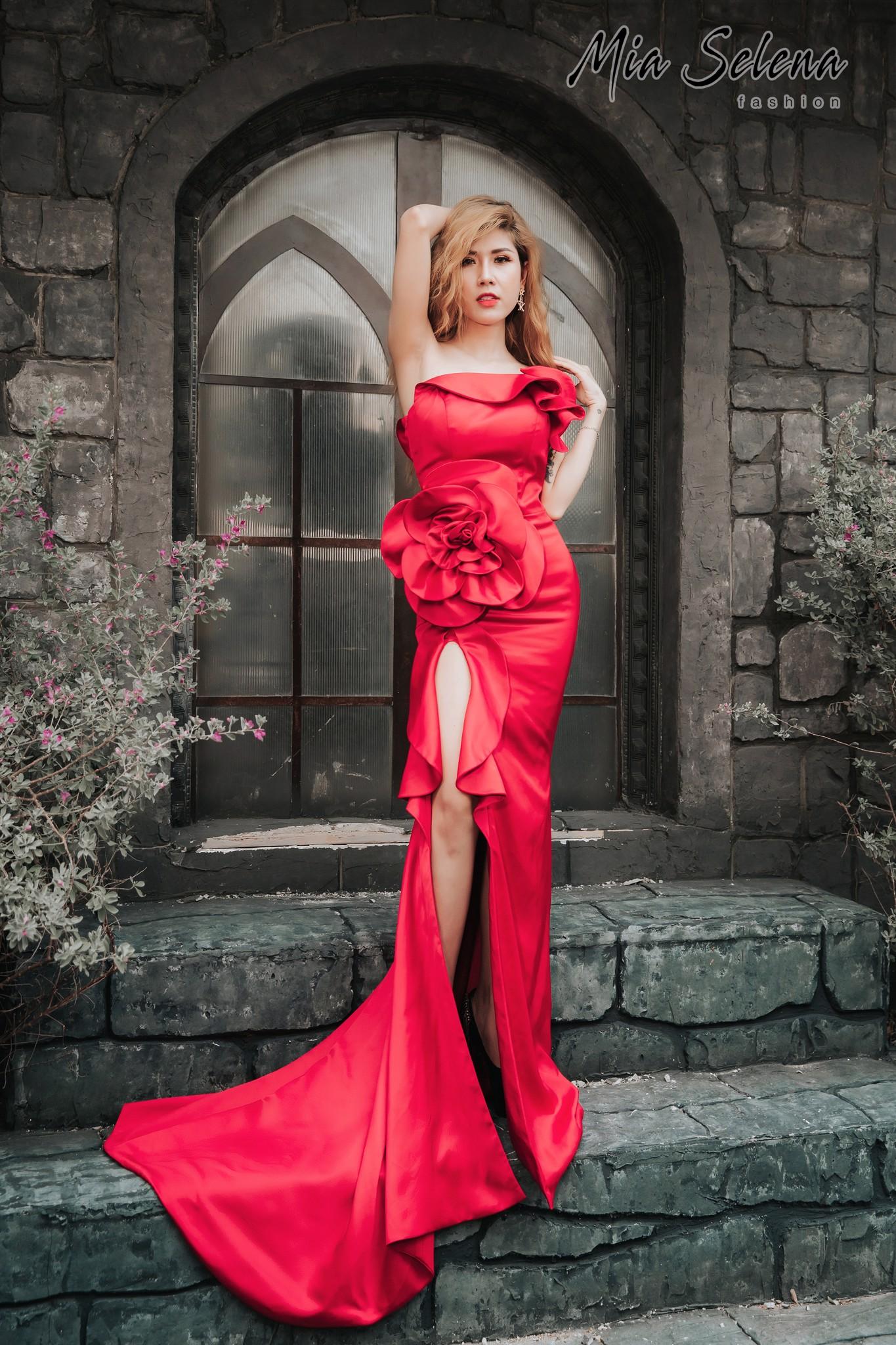 Đầm dạ hội Mia Selena kết hoa tôn dáng gợi cảm (Đỏ)