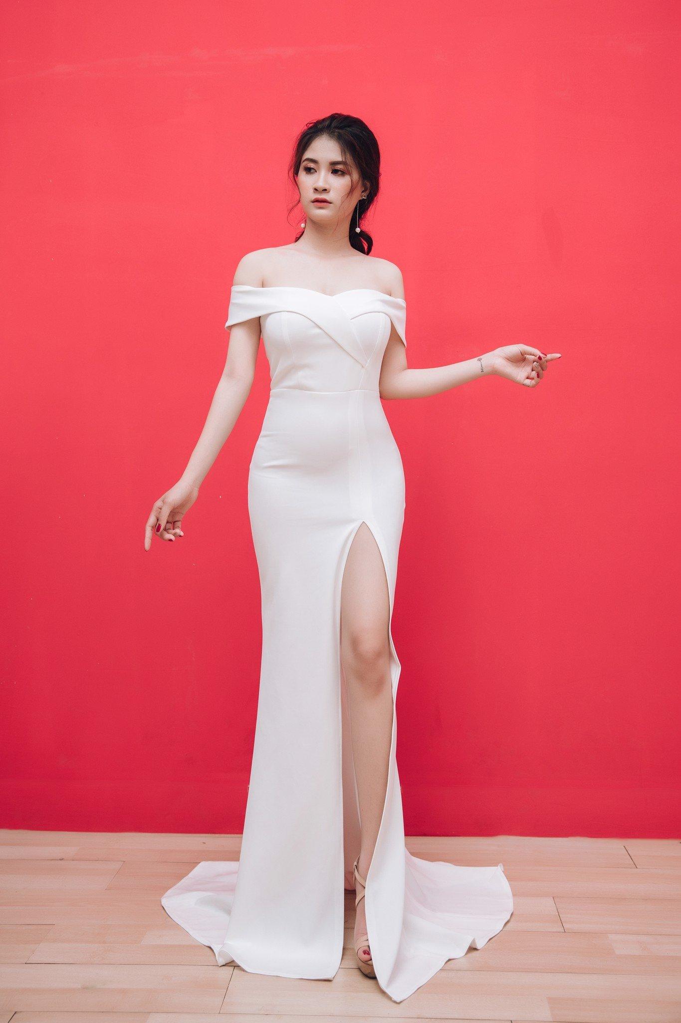 Đầm Mia Selena bẹt vai xẻ đùi thiết kế cổ tim (Trắng)