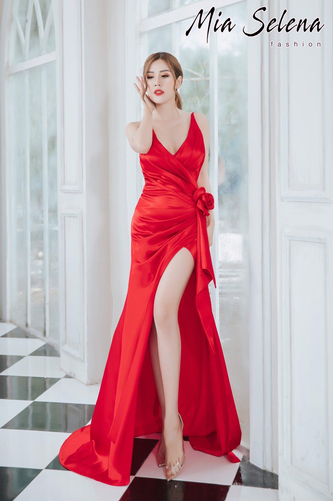 Đầm dạ hội Mia Selena thiết kế hai dây xẻ đùi phối hoa trẻ trung ,tuyệt đẹp ( Đỏ)